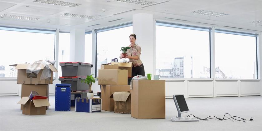 Перевозка груза и вещей с офиса. Офисный переезд заказать машину.